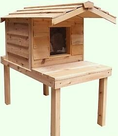 Small Insulated Cedar Cat House with Raised Lounging Deck