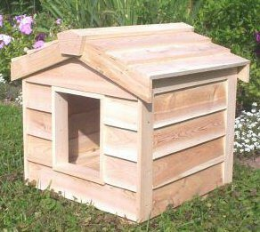 Small Insulated Cedar Cat House